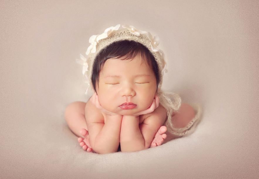 父母如何护理新生儿宝宝的眼睛?