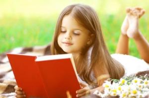 阅读是孩子的一种重要技能,父母是否能为他正确助力?