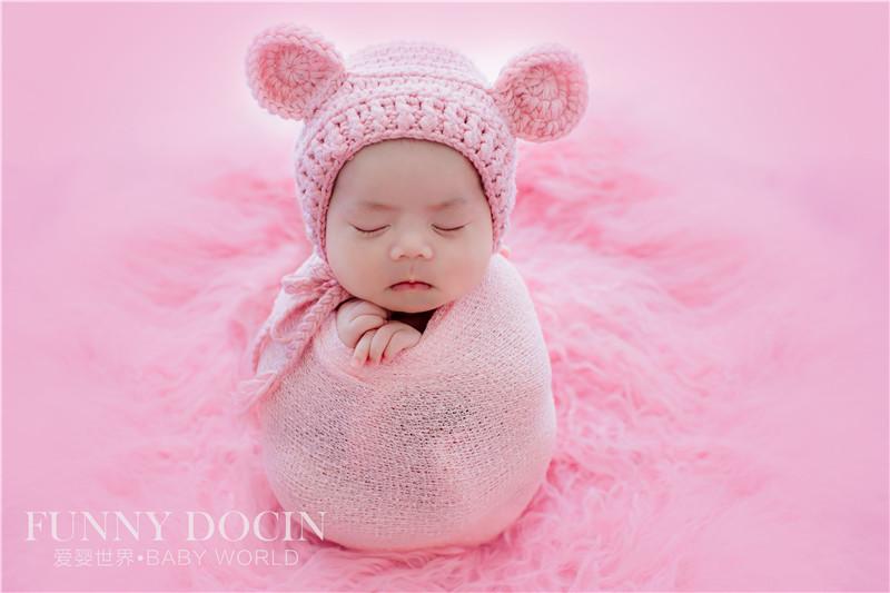 芳妮豆丁教你如何给新生儿宝宝巧穿衣?