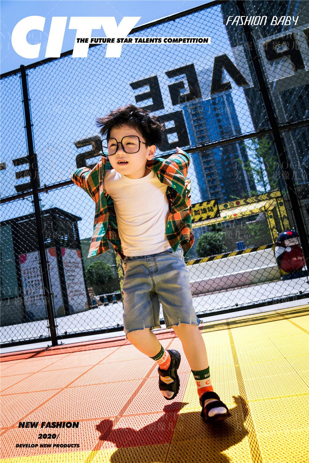 芳妮豆丁儿童摄影 型走城市