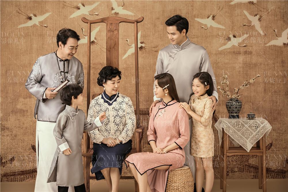 芳妮豆丁儿童摄影 ❤拍全家福◎全家都有福☺