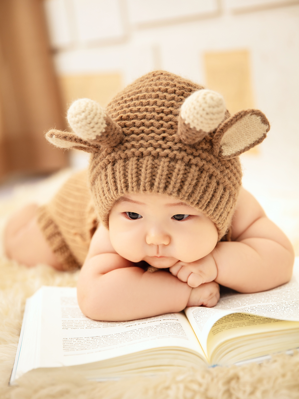 芳妮豆丁儿童摄影 适合秋冬拍的焦糖色百天照 | OCTD❤